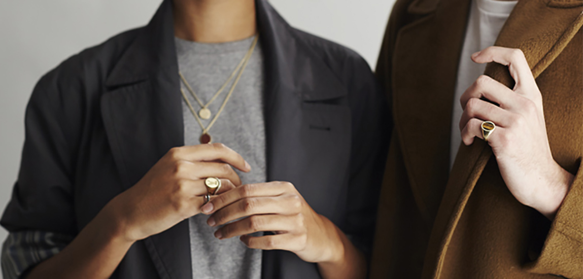 THE ULTIMATE GUIDE TO SIGNET RINGS