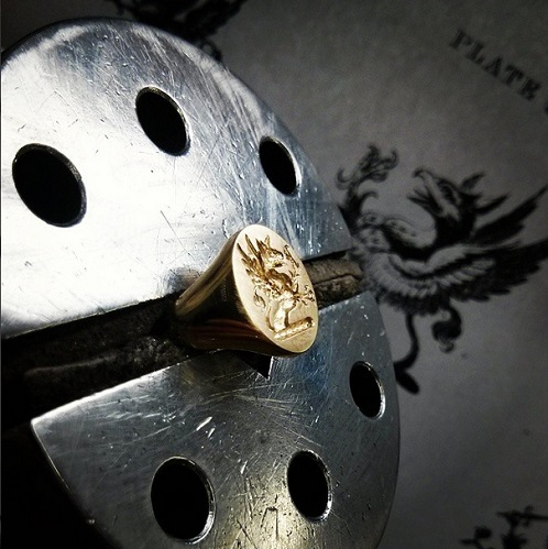 Seal engraving a griffin crest