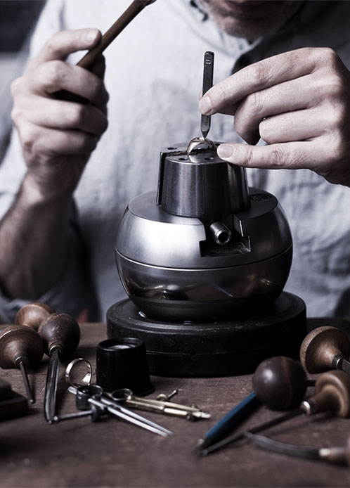 The hand engraver